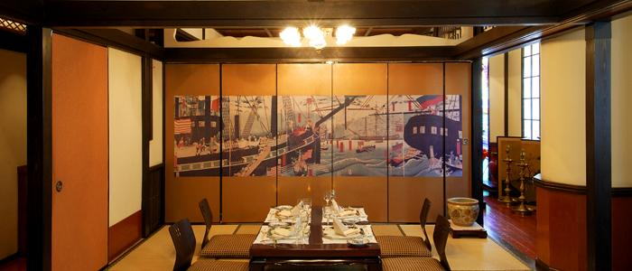 Eating French Food In A Japanese Style Atmosphere On The Second Floor;  Quoted From BridalNavi